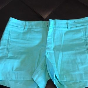A.n.a. Twill shorts size 8 mid length
